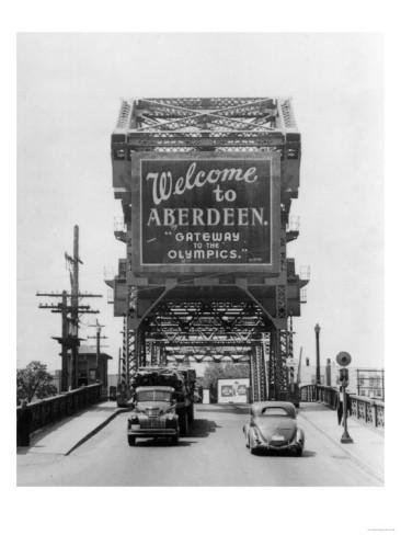 welcome-to-aberdeen-sign-on-the-bridge-aberdeen-wa