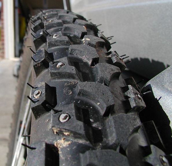 Studded_tires