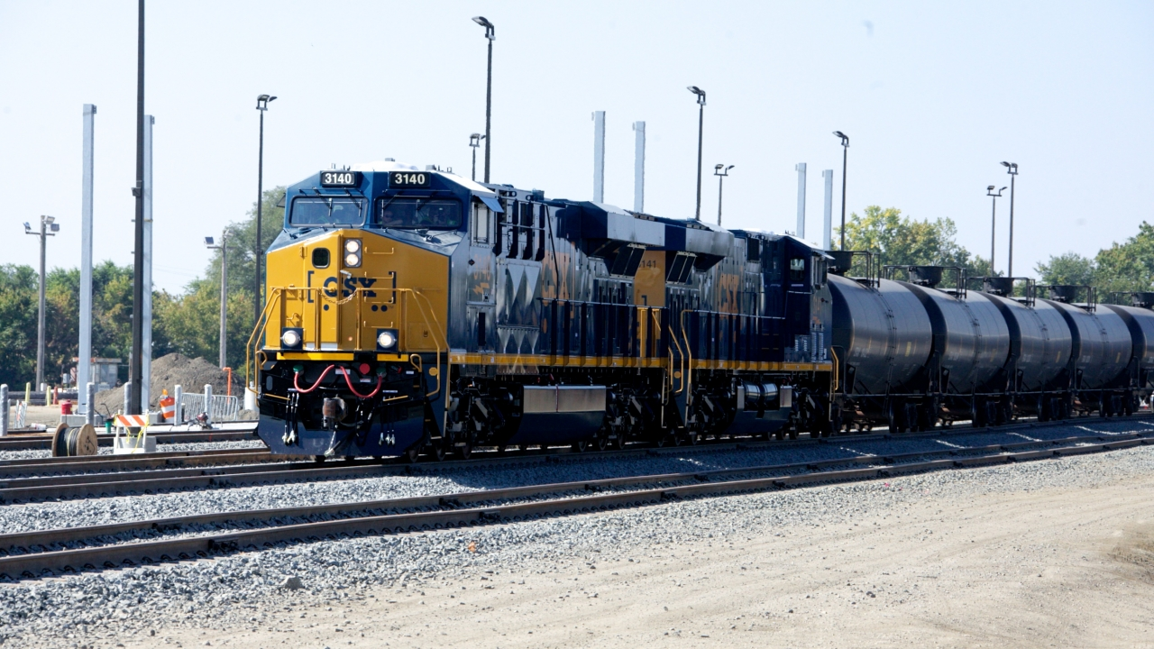 TrainCarryingCrude